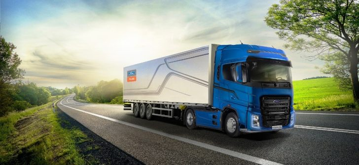 Ford Trucks'ın ITOY ödüllü kamyonu F-MAX, 2020 yılında kendi segmentinde en çok tercih edilen çekici oldu