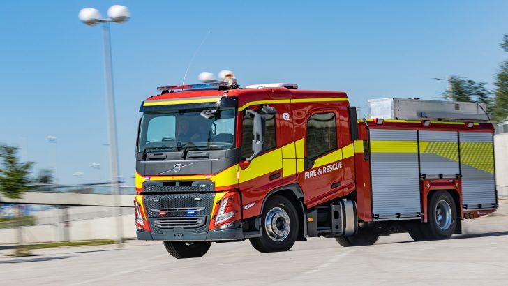 Volvo Trucks acil hizmet araçları,Yeni Volvo FM ve FMX'in tanıtımı yapıldı