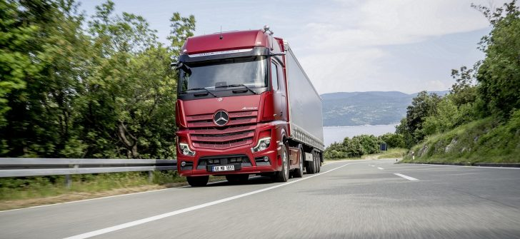 Mercedes-Benz'den kamyon modellerinde Ağustos ayına özel fırsatlar