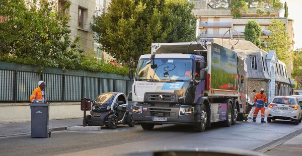 FRANSA'DA YÜRÜTÜLEN ATIK TOPLAMA HİZMETİNE 10 ADET DAHA RENAULT TRUCKS ELEKTRİKLİ KAMYON