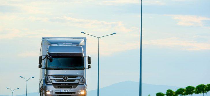 Mercedes-Benz Türk, kamyon servis hizmetlerinde yeni avantajlar sunuyor