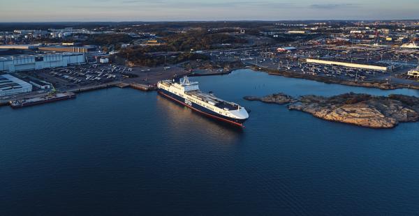 DFDS Akdeniz İş Birimi, Mersin-Trieste hattındaki 3. gemisini hizmete sunarken, lojistik sektörünün ve iş dünyasının liderleriyle buluştu.